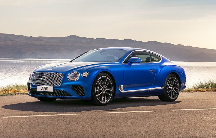 Bentley Continental GT 2018 года синий