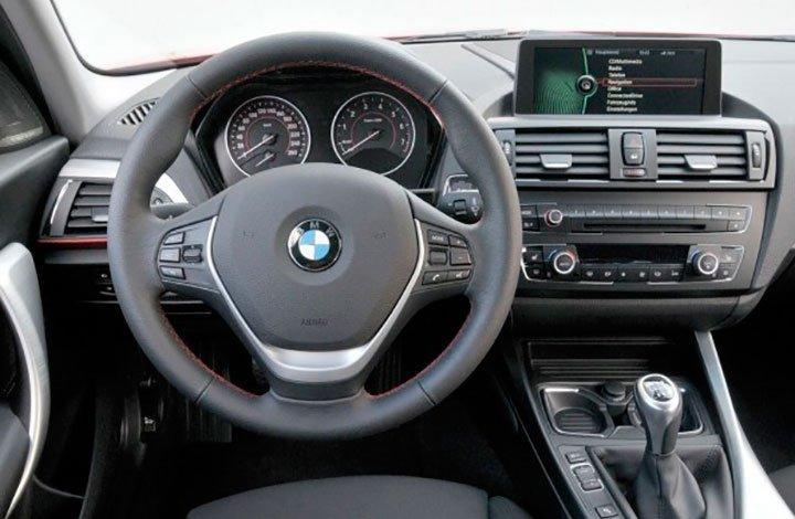 Интерьер BMW 1-series 2018 года