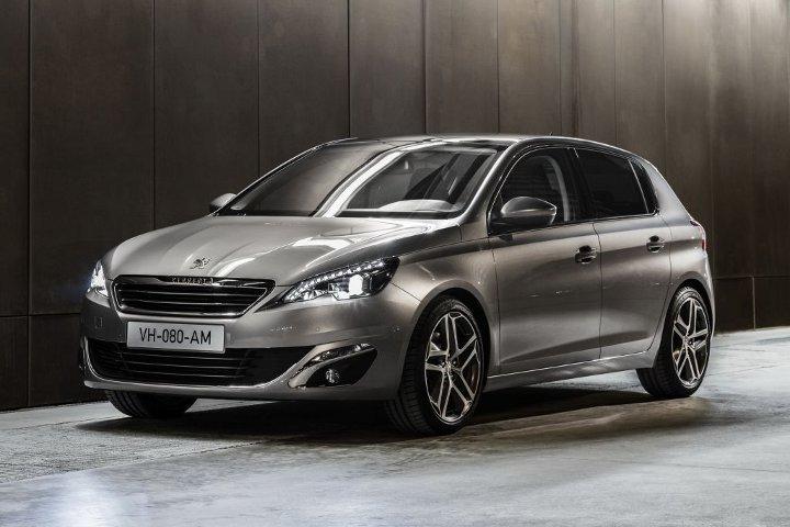 Peugeot 308 серый