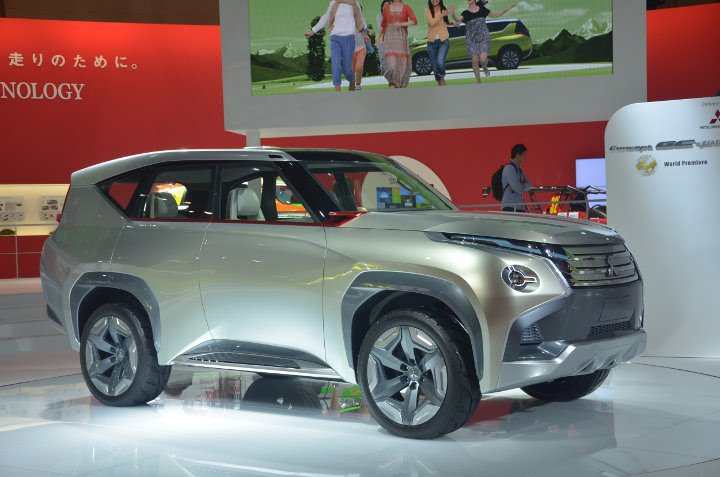 Mitsubishi Pajero 2018 года