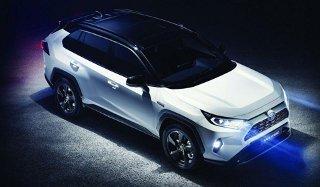 Toyota Rav 4 2019-2020 года пятого поколения