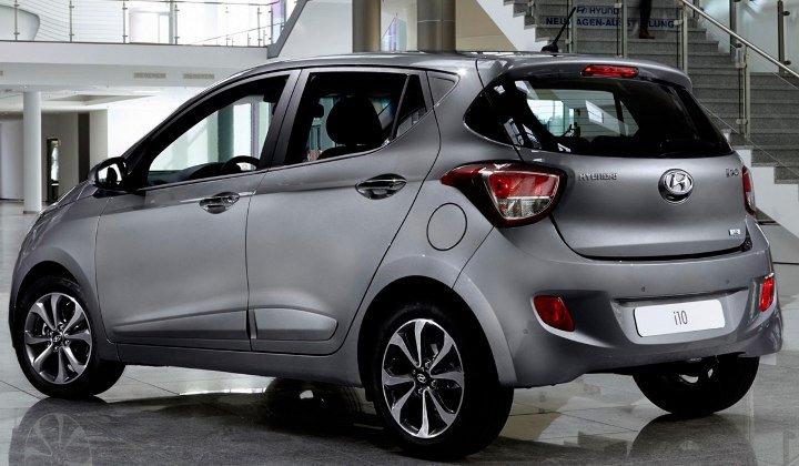 Hyundai i10 2019 - вид сзади